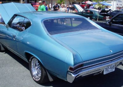 '68 Chevelle - factory ordered -'327' - 3;73 posi - 4 speed