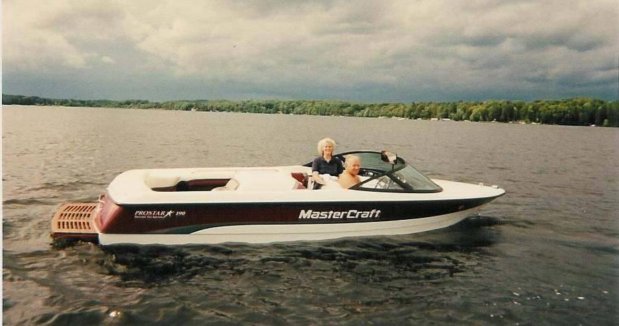 1996 Master Craft Prostar 190 – LT1 Corvette